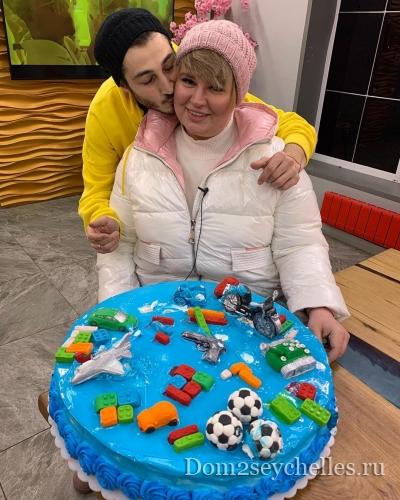 Александра Черно и Иосиф Оганесян узнали пол ребенка!